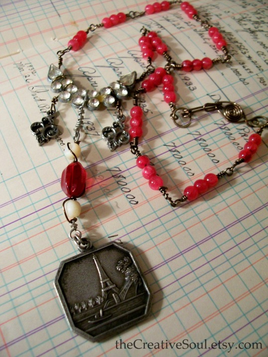 French Memories necklace